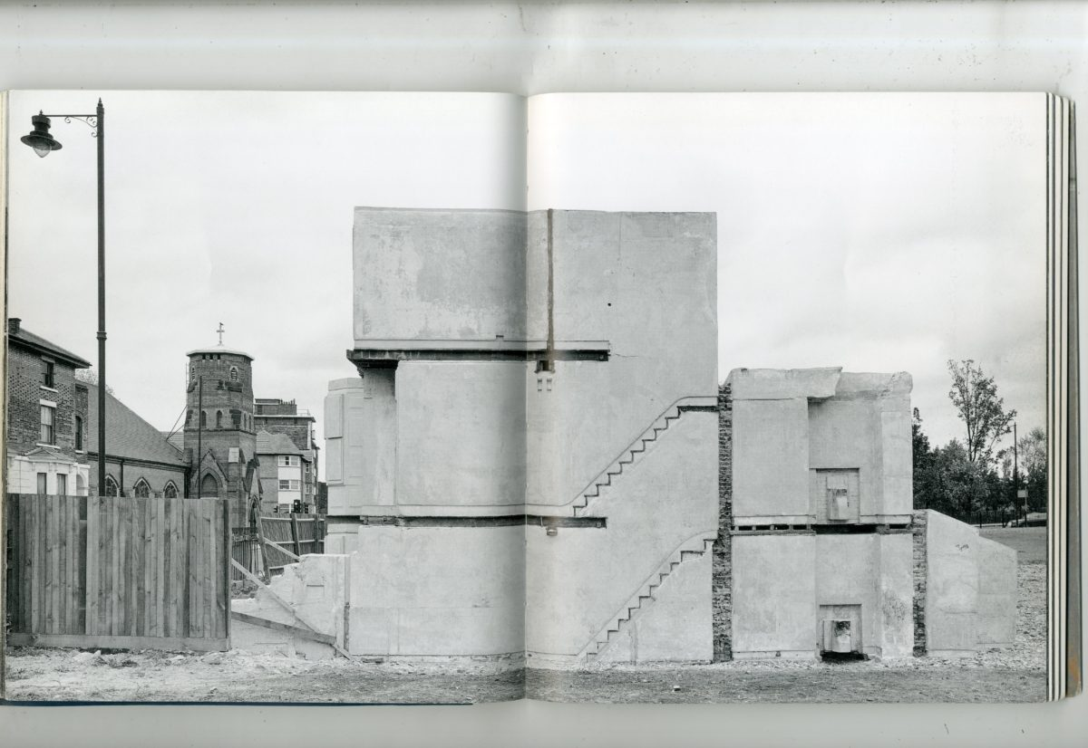 Production image of Rachel Whiteread's House (via Bessie Austin)